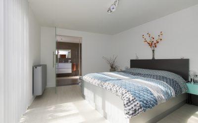 JEKER 55 TILBURG, levensbestendig wonen met slaapkamer en badkamer op de begane grond